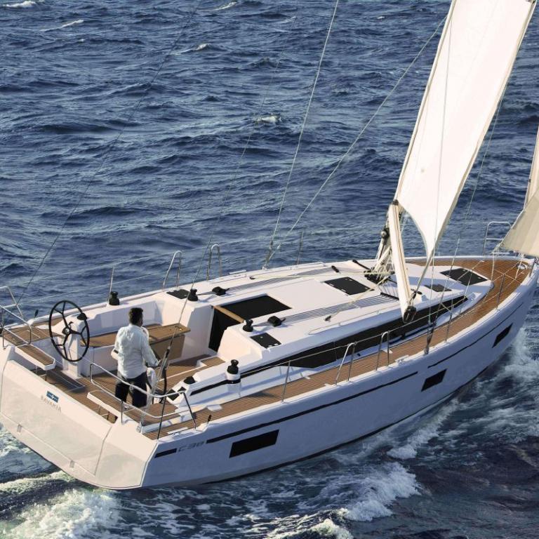 Bavaria c38-denmar-yachting.com