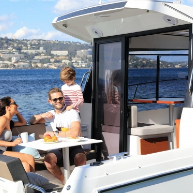 Merry Fisher 895-denmar-yachting.com