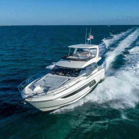 Prestige 590 Fly-denmar-yachting.com